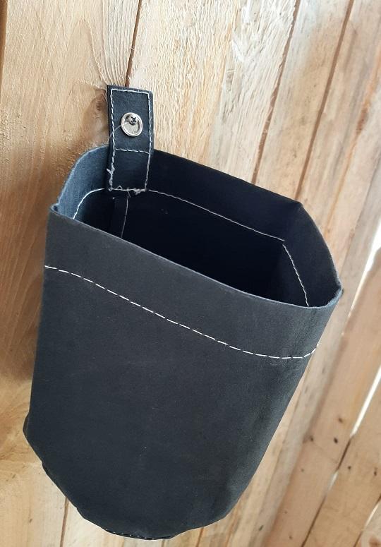 Wandhangpot Glenn L Washablepaper zwart pot