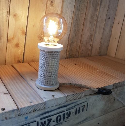 Tafellamp spoel met touw naturel